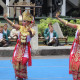 Sigeh penguten Lampung dance