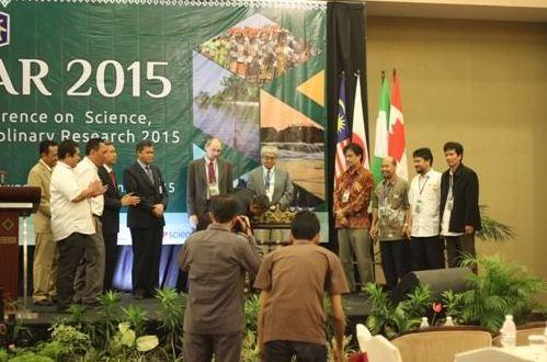 Konferensi Internasional Pertama Unila Sukses 3