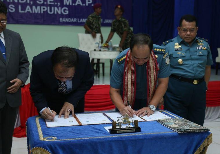 Unila-TNI AL Perkuat Kerja Sama Melalui MoU 1