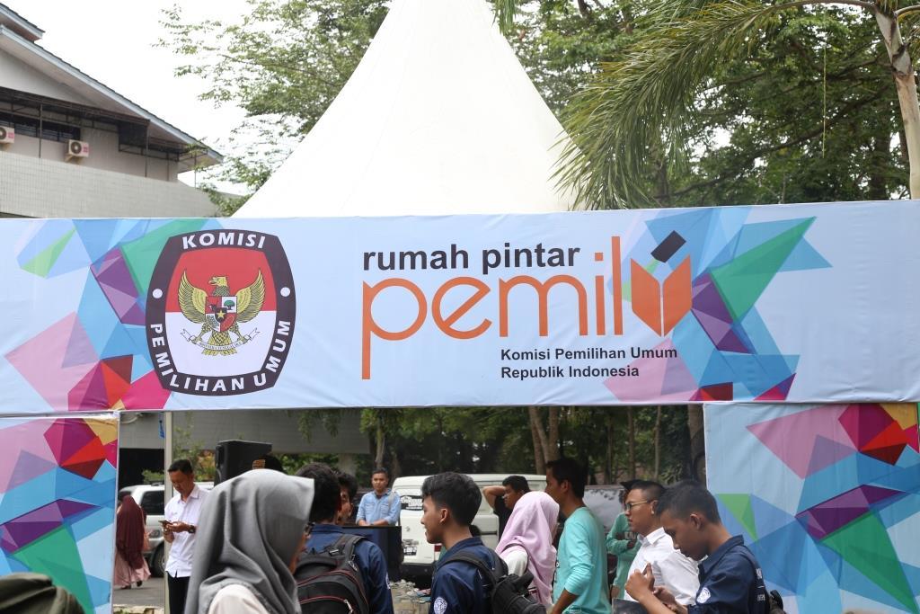 KPU Goes to Campus, Mahasiswa Dampingi Pemilih Difabel 1
