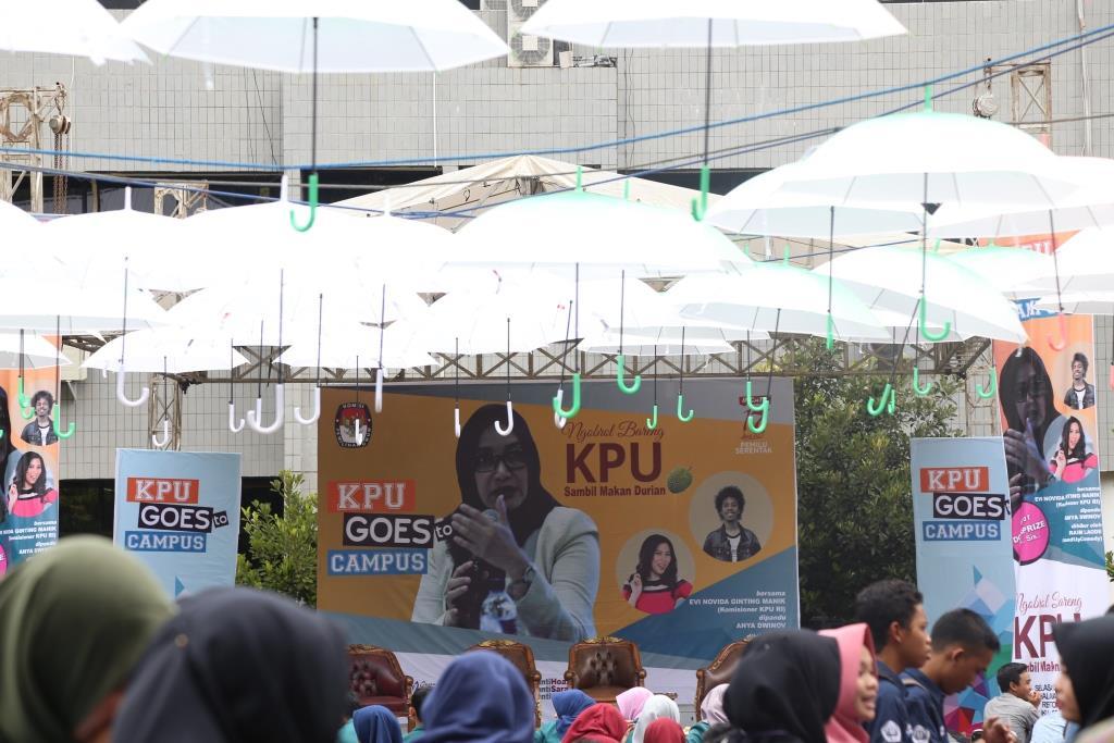 KPU Goes to Campus, Mahasiswa Dampingi Pemilih Difabel 2