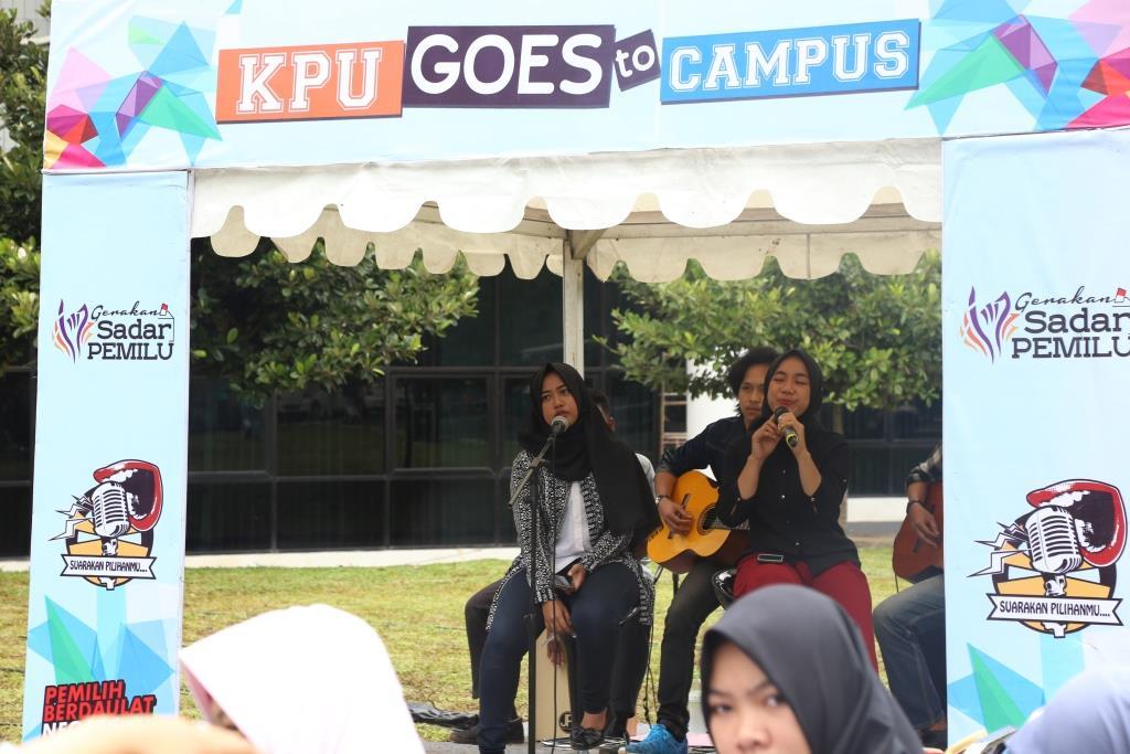 KPU Goes to Campus, Mahasiswa Dampingi Pemilih Difabel 4